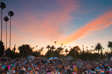 Cinespia Outdoor Films - Hollywood Forever Cemetery images of movie screening of 'National Lampoon's Vacation.' © Cinespia