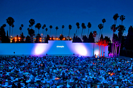 Cinespia Outdoor Films - Hollywood Forever Cemetery images of movie screening of 'Seven.' © Cinespia