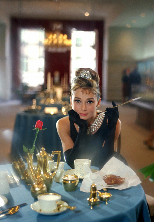 Cinespia 39 s 2015 valentine 39 s day movie breakfast at for Audrey hepburn mural los angeles